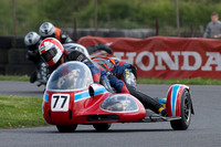 Ray Reeves and Andrew hills - Honda 750