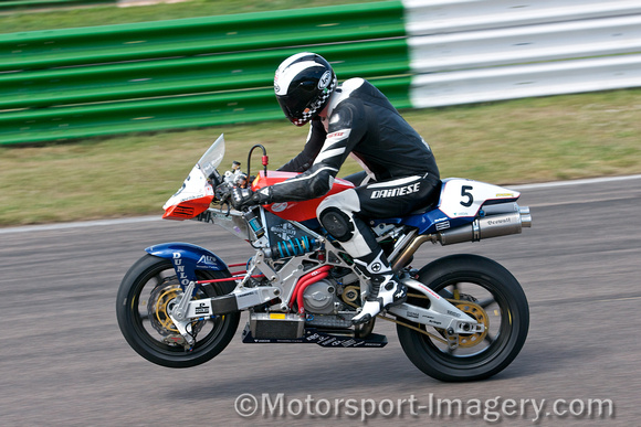 motorsport imagery past masters phil read   vyrus ducati 944